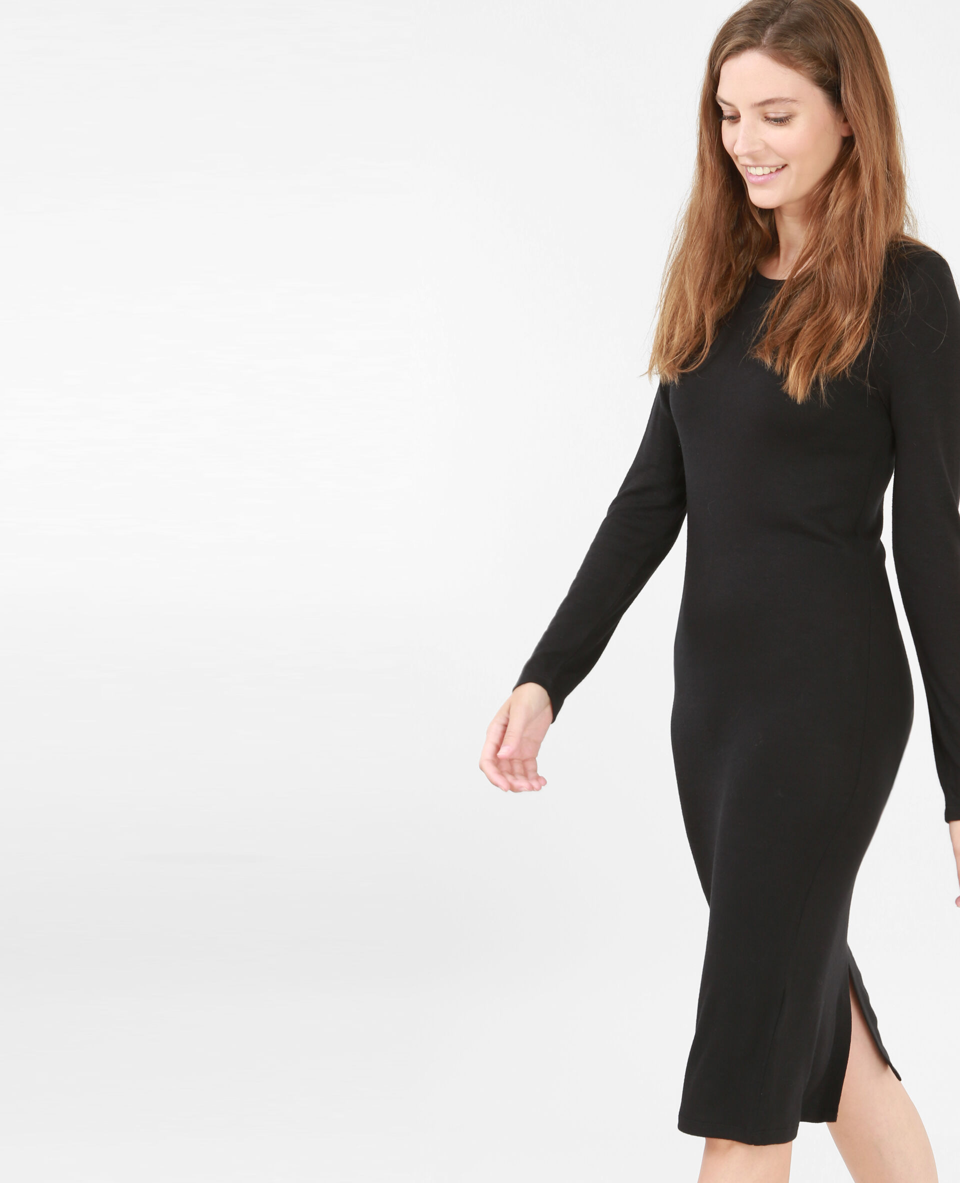 Robe pull noire manches longues
