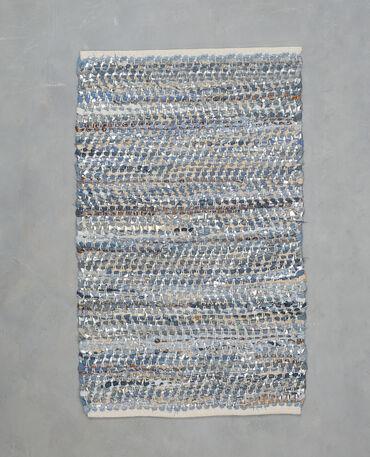 Tapis tissé en jean et simili cuir bleu