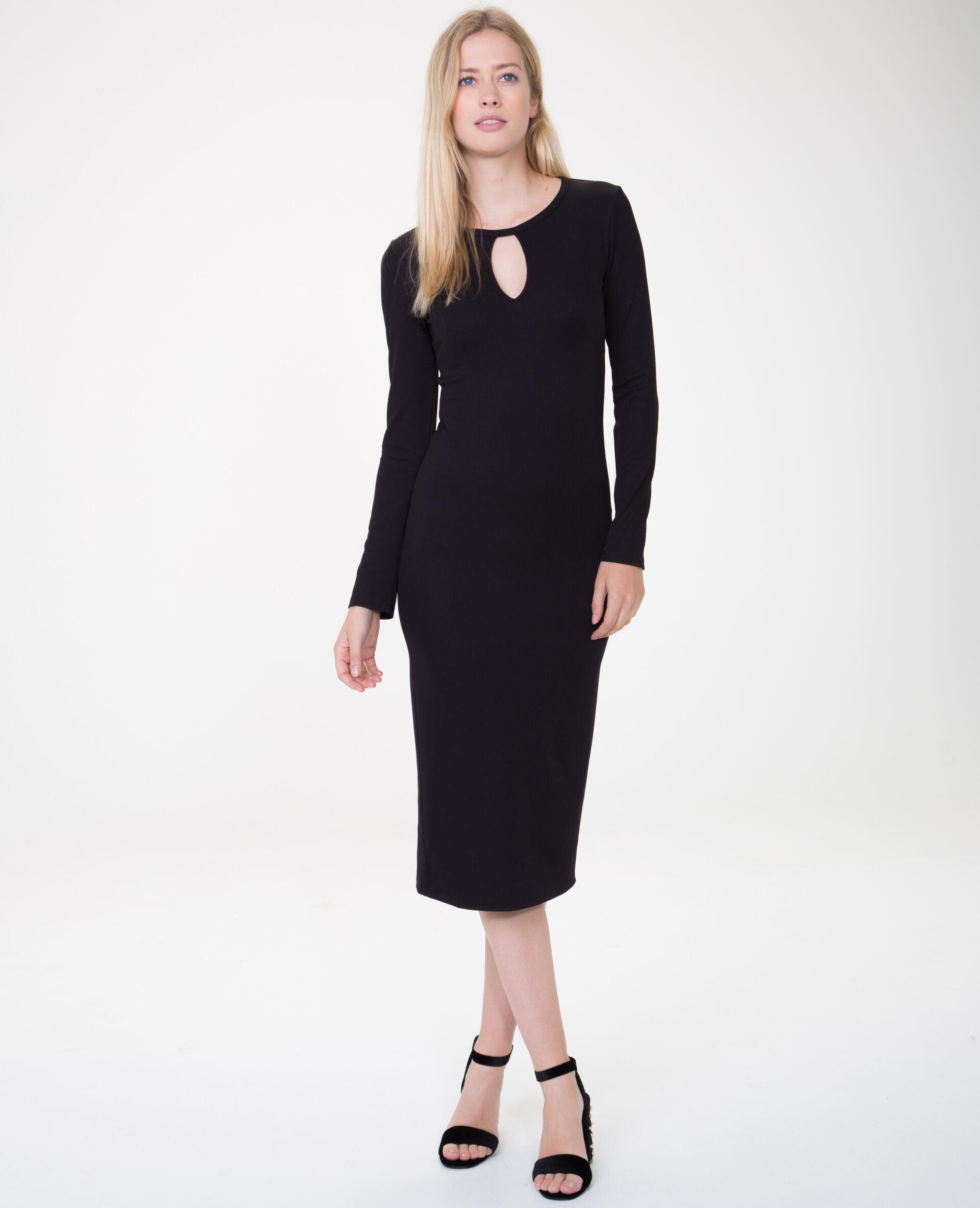 Robe longue noir serre