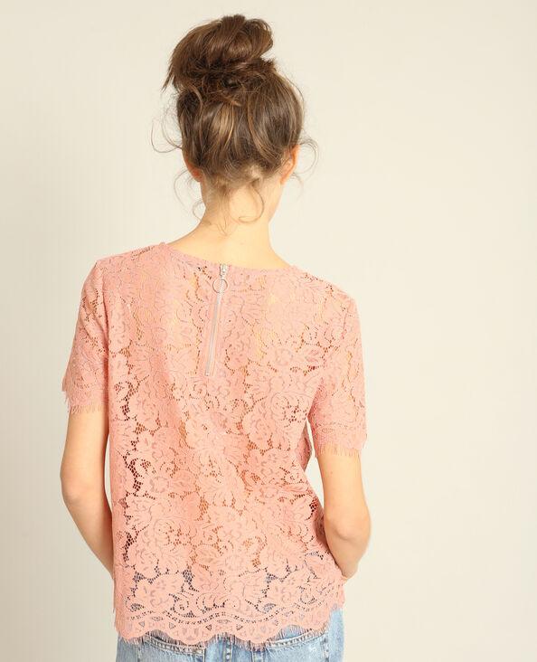 T-shirt en dentelle rose poudré