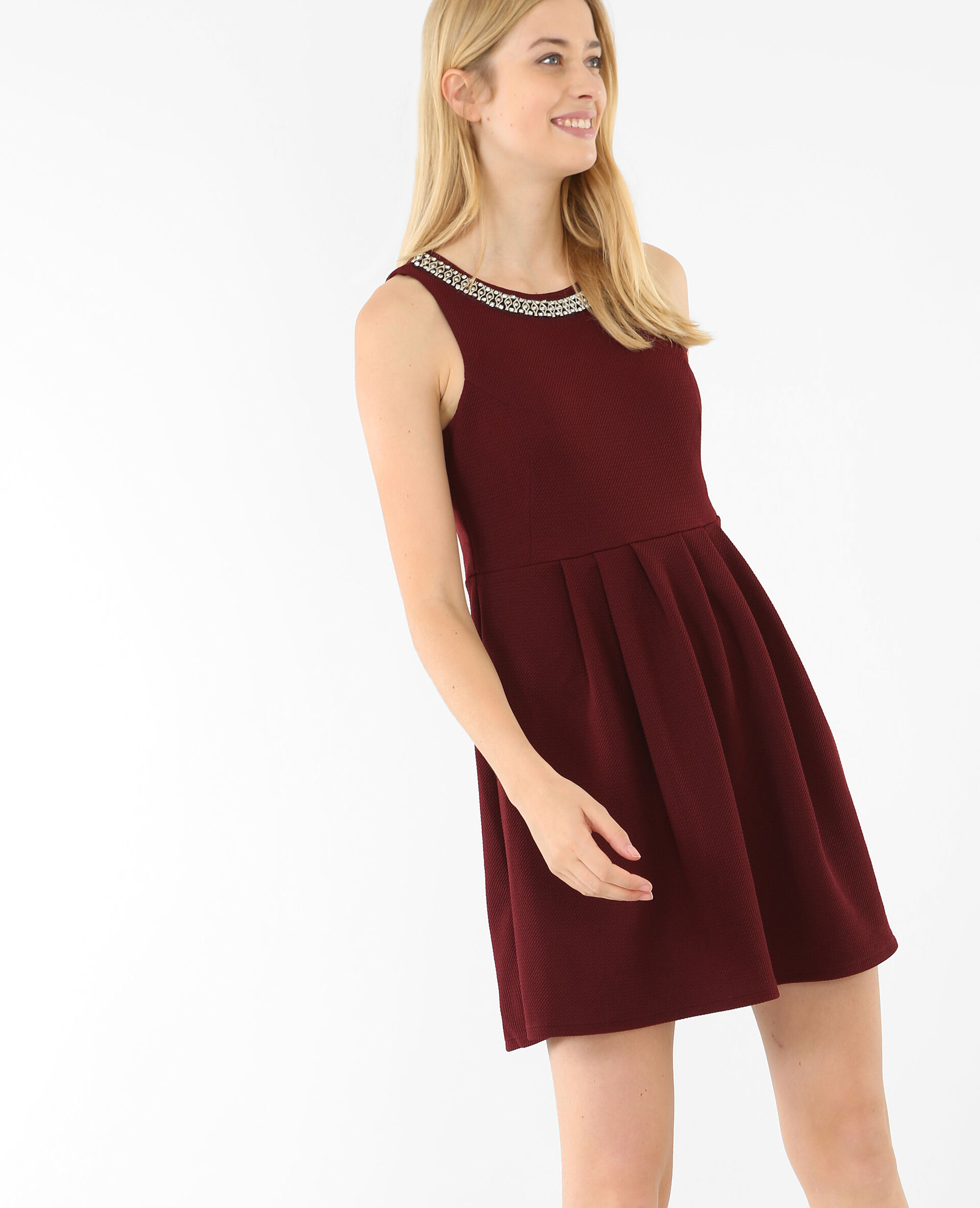 Robe bordeaux patineuse