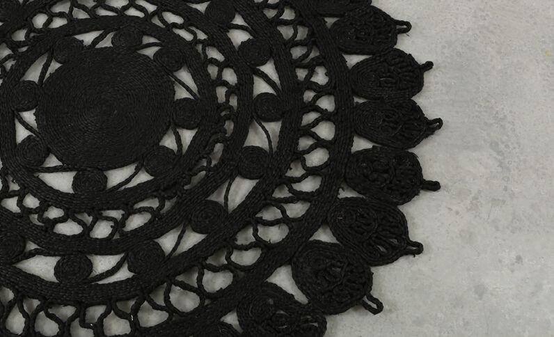 Grand tapis mandala noir