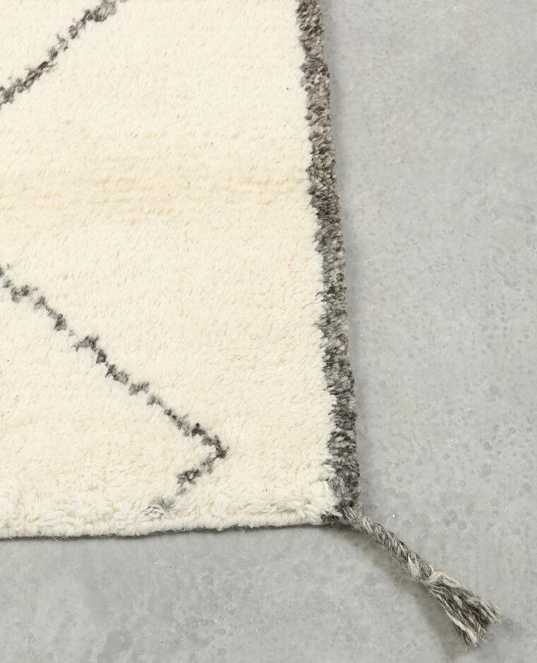 Tapis rectangulaire à losanges blanc cassé