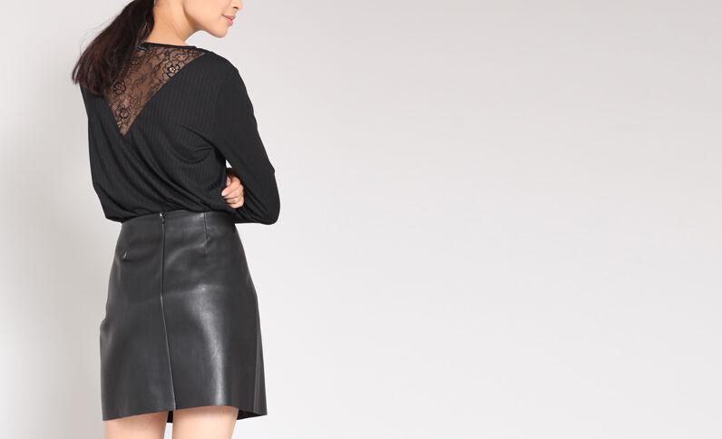 Jupe en faux cuir noir