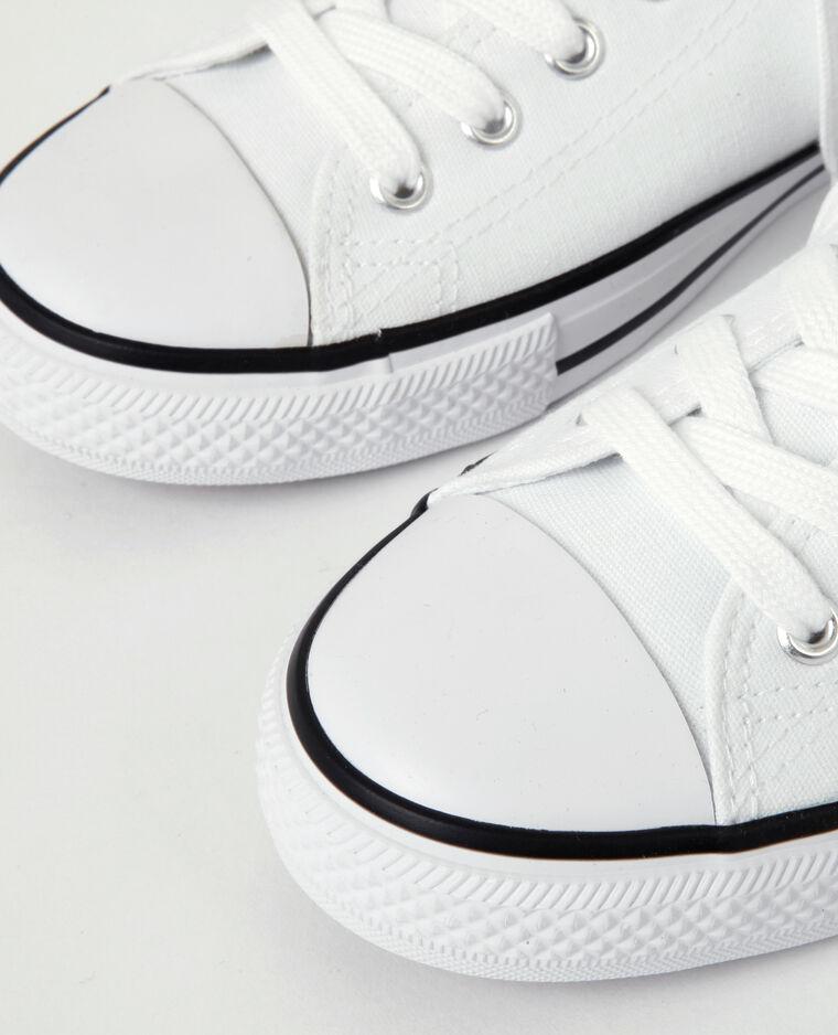 Baskets en toile brodées blanc