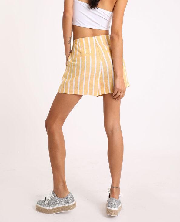 Short à rayures jaune