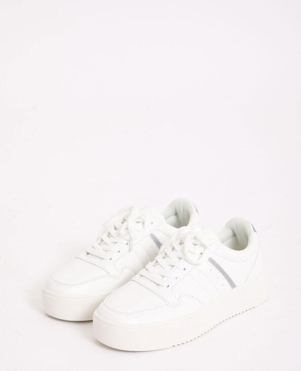 Baskets épaisses blanc