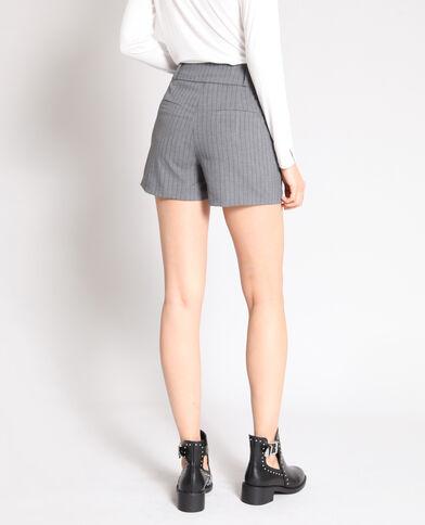Short à rayures gris