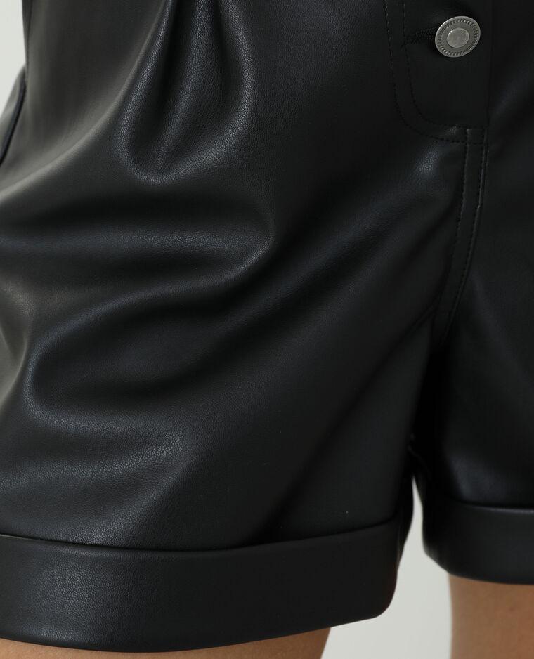 Short en simili cuir noir