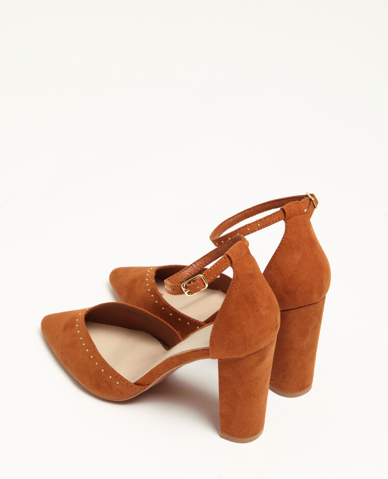Escarpins à clous marron