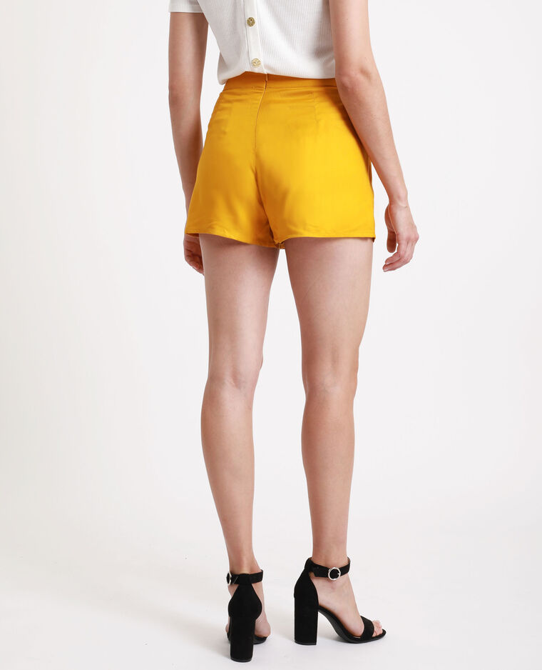 Short à taille haute jaune