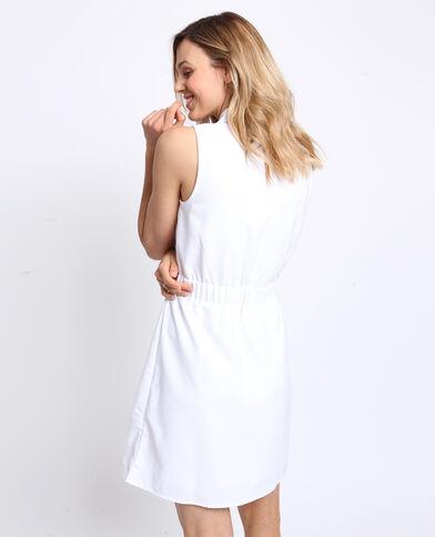 32ee03a8b8f1 Robe à boutons blanc