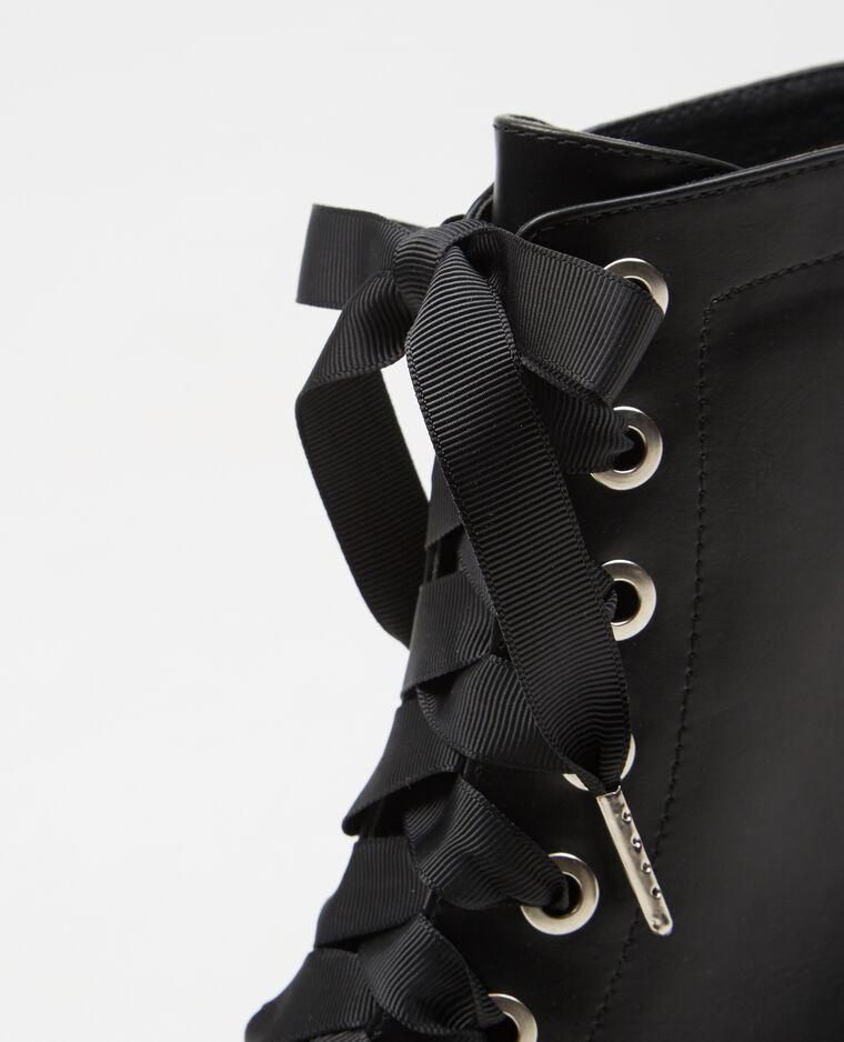 Bottines rock lacets ruban noir