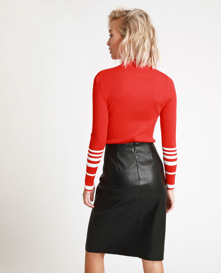 Pull moulant rouge