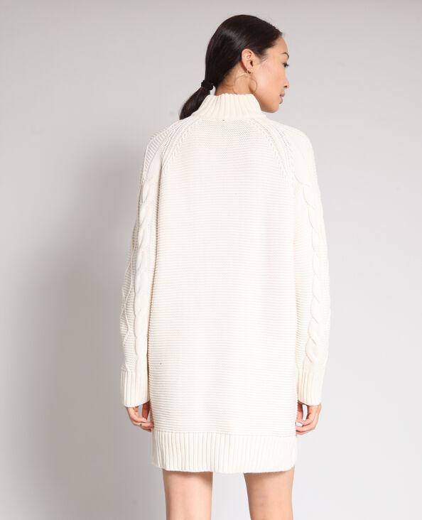 Robe pull torsadée blanc cassé