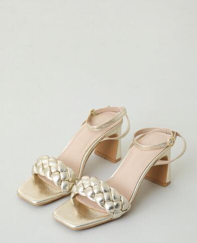 Sandales tressées à talons doré
