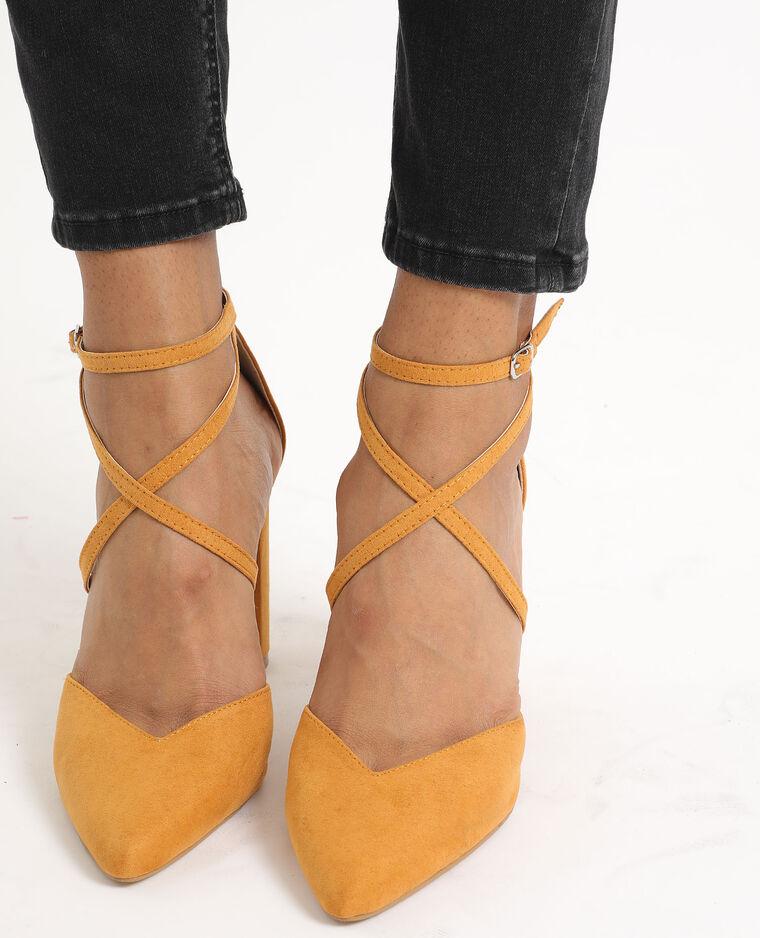 Escarpins à bouts pointus jaune