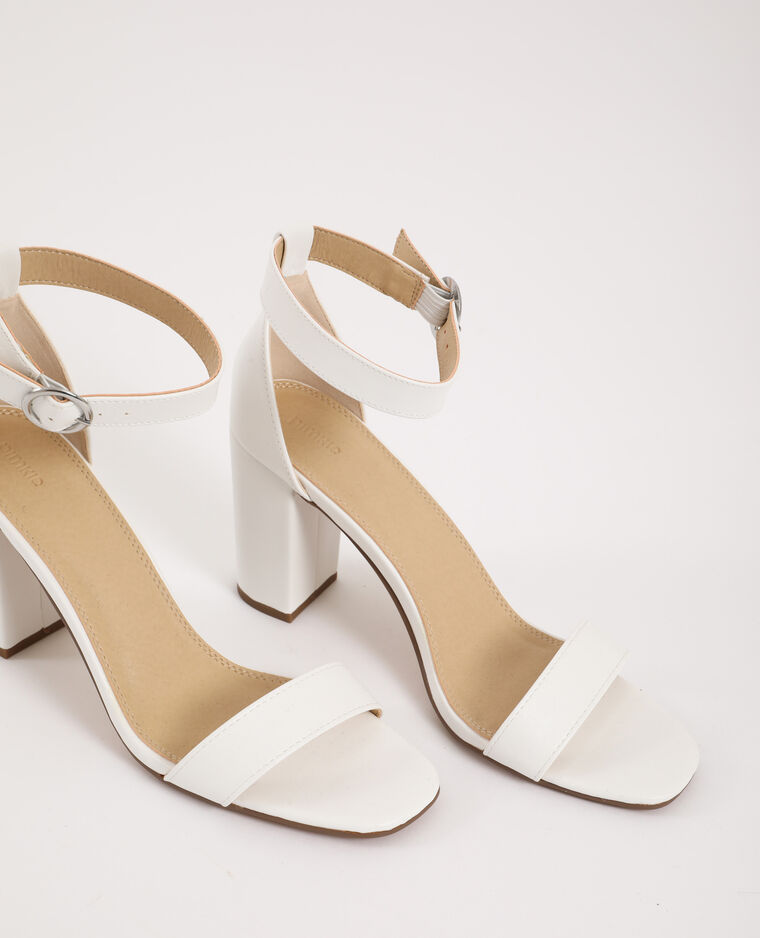 Sandales à talons hauts écru