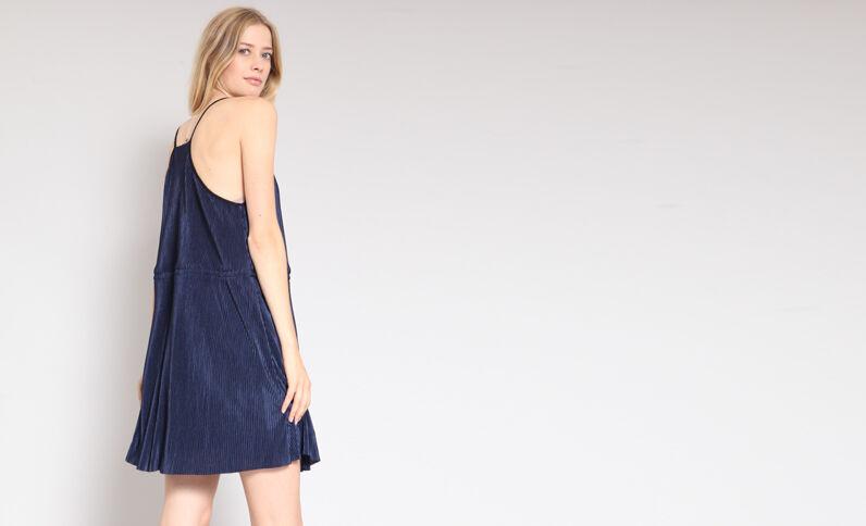 6e21f2ea71e42 Robe plissée bleu marine