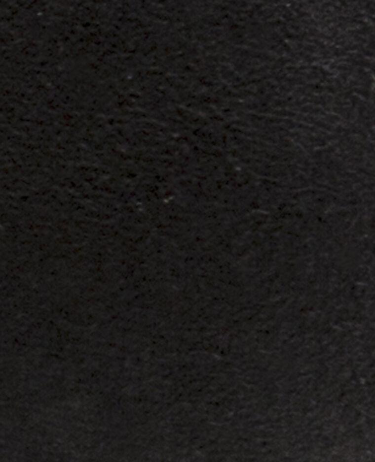 Ballerines à œillets noir