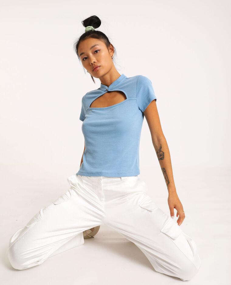 T-shirt ouvert sur le devant bleu