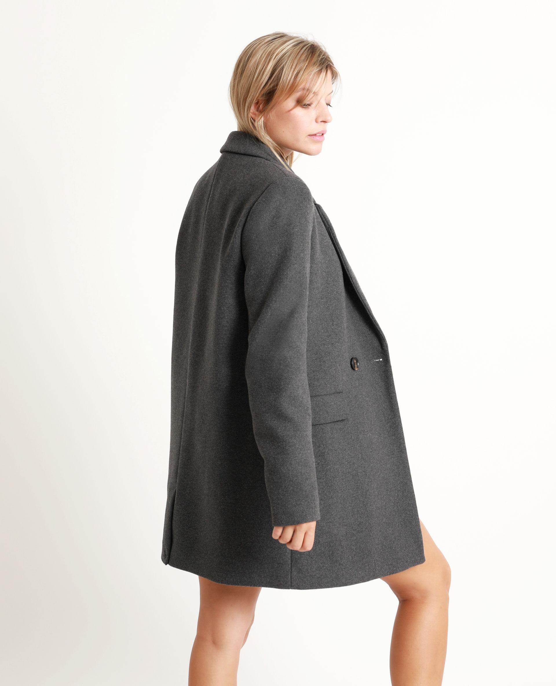 Gros bouton noir pour manteau