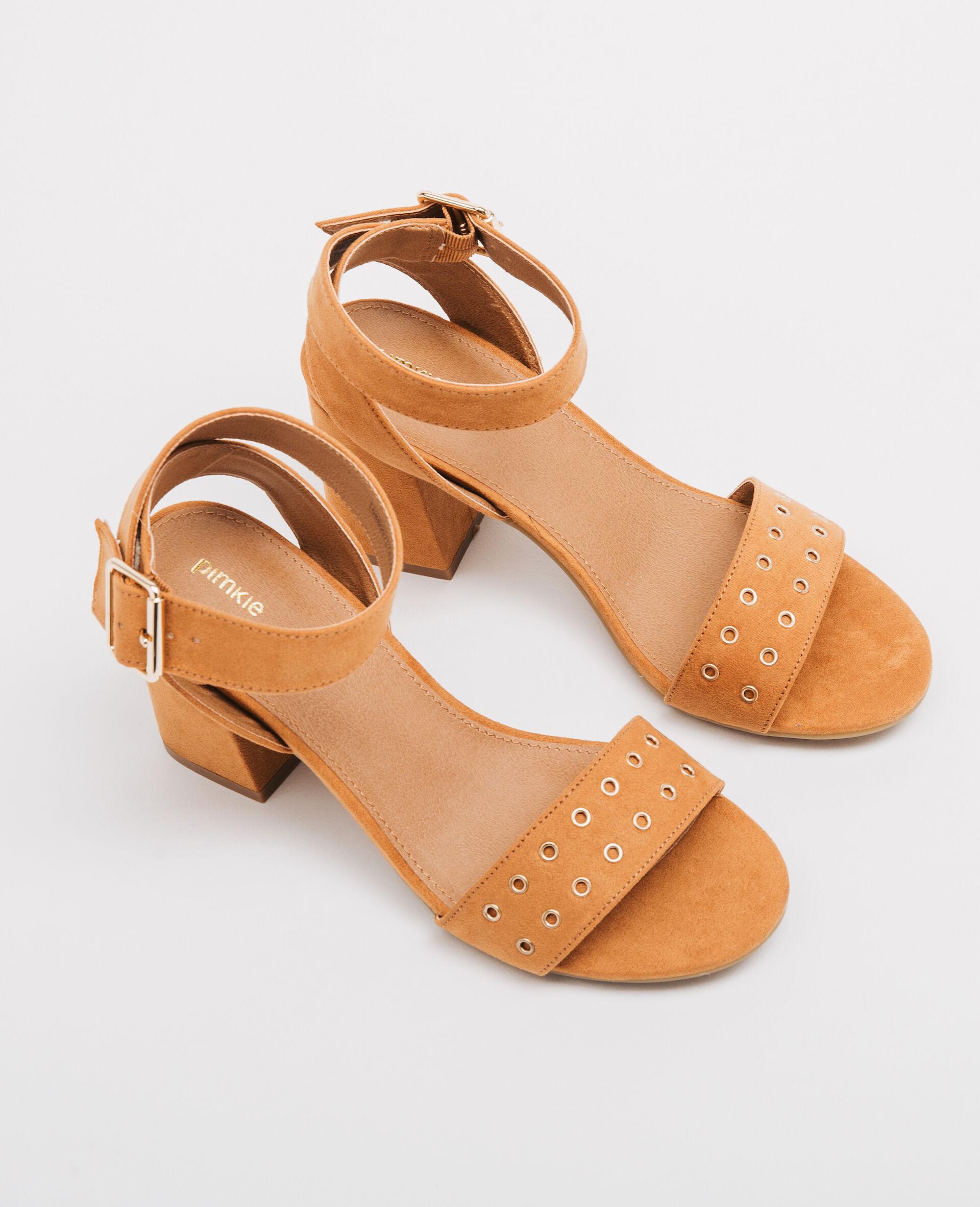 Sandales bande rivetée