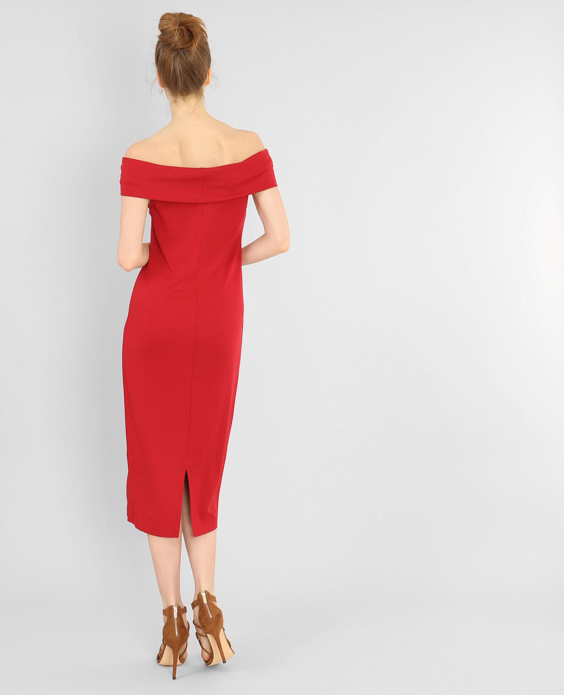 Robe longue rouge col bardot