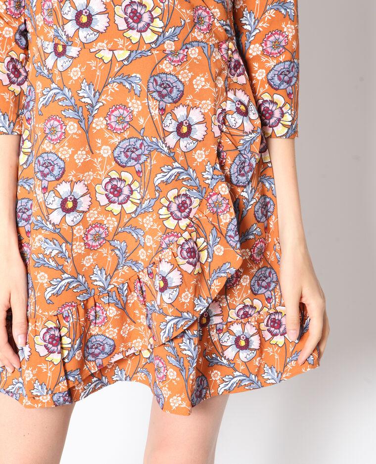 Robe à fleurs brun