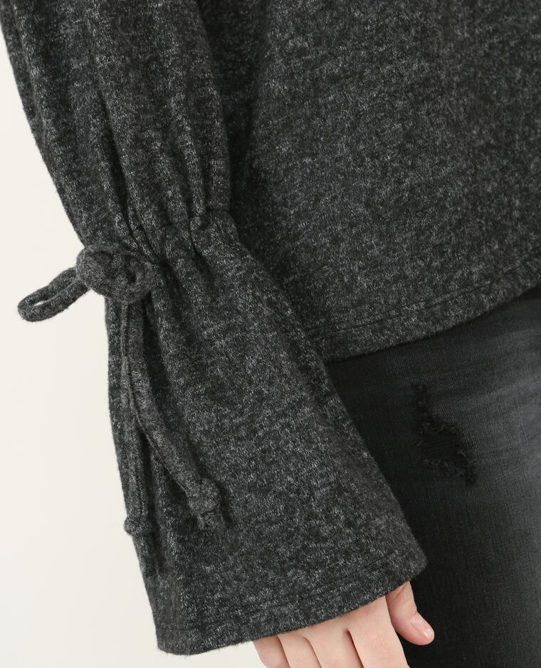 Pull doux manches pagodes gris