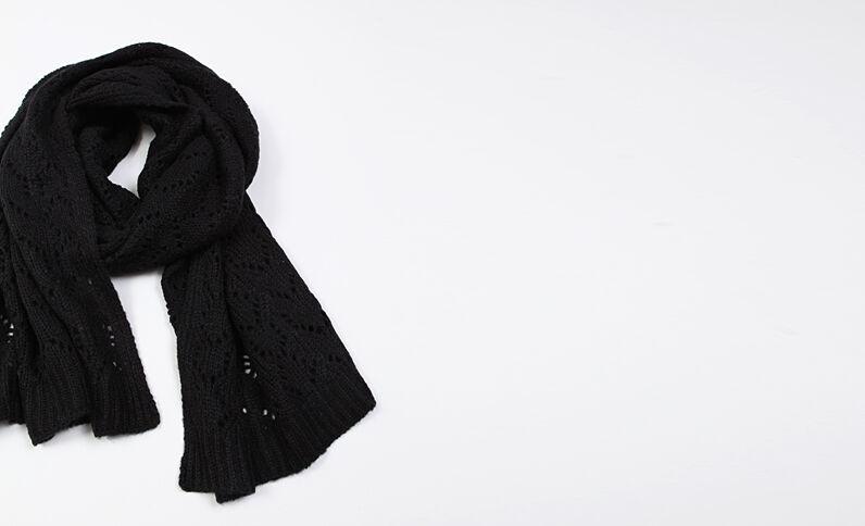 Echarpe ajourée noir
