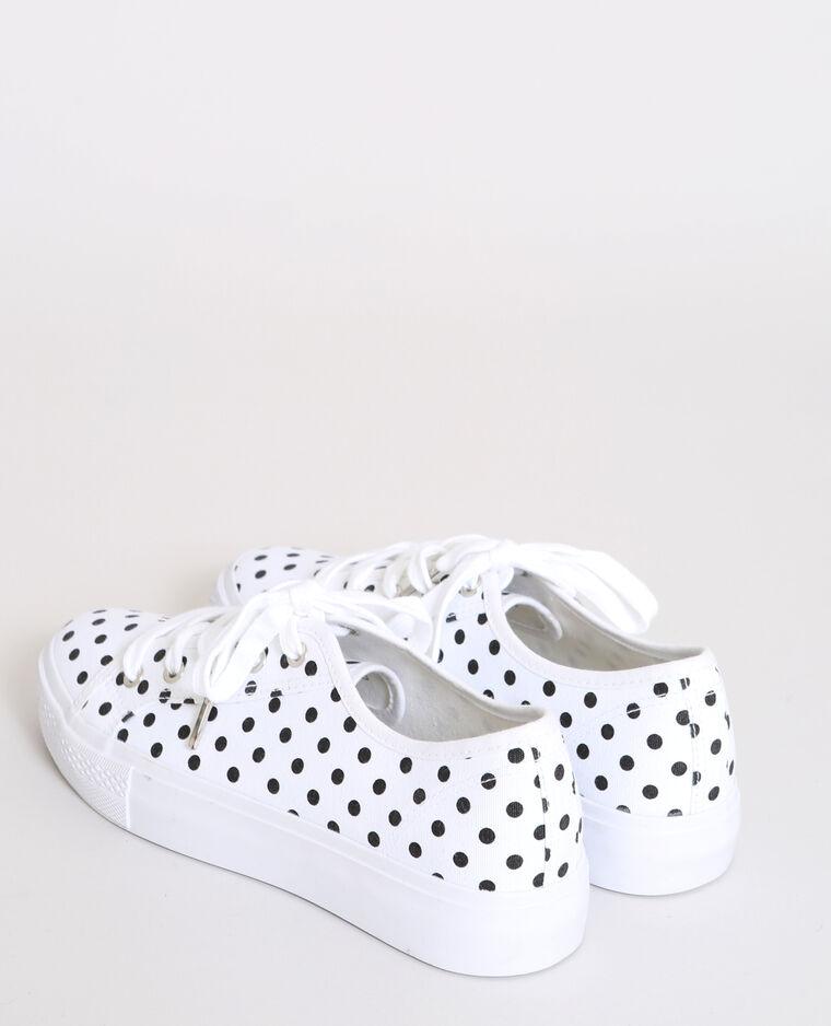 Baskets à pois blanc