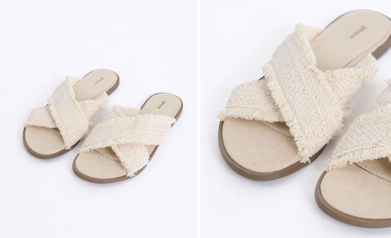 Sandales en tissu beige ficelle