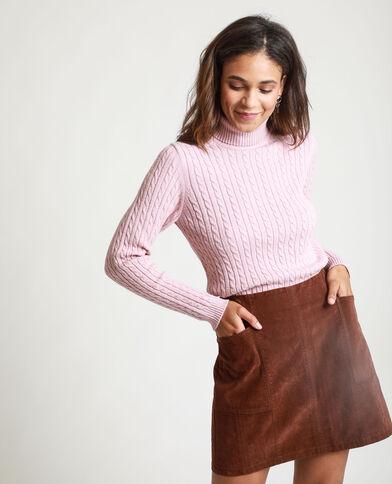 Pull à col roulé torsadé rose pastel