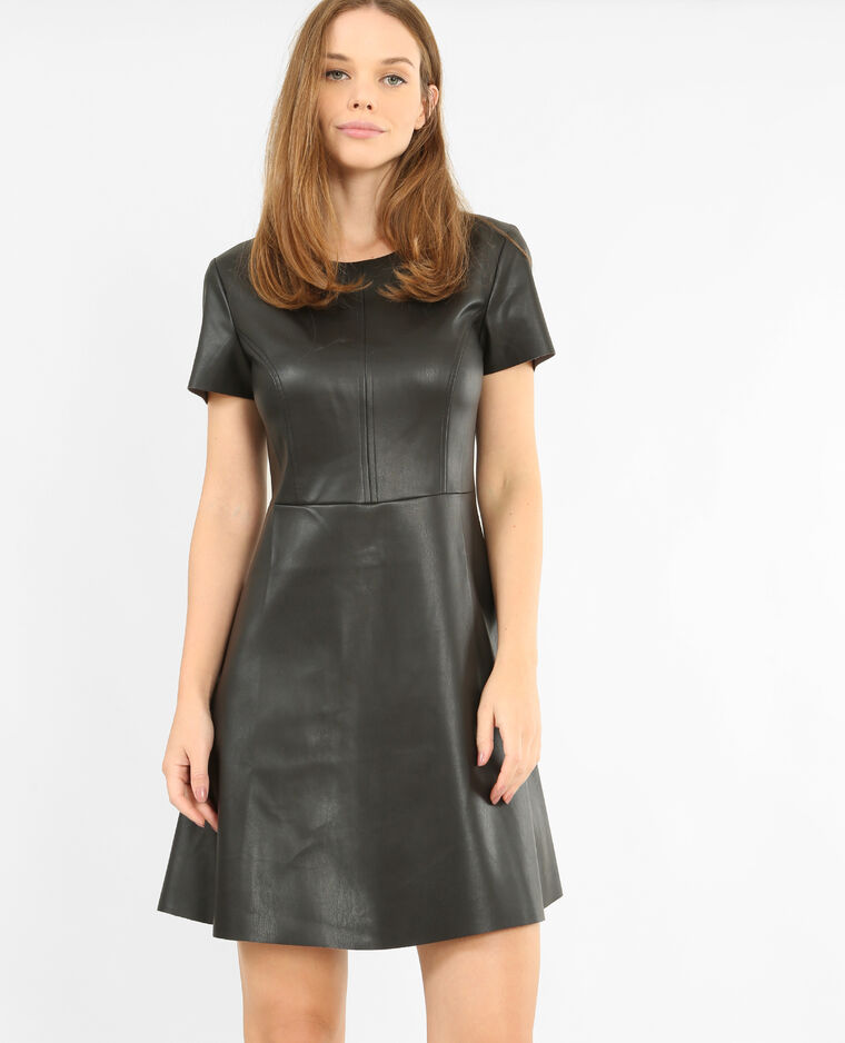 7fcd1d7635 Robe en simili cuir noir - 780762899A08 | Pimkie