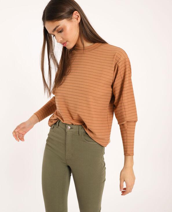 T-shirt à rayures marron