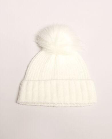 Bonnet à pompon blanc cassé 2d6452e1085