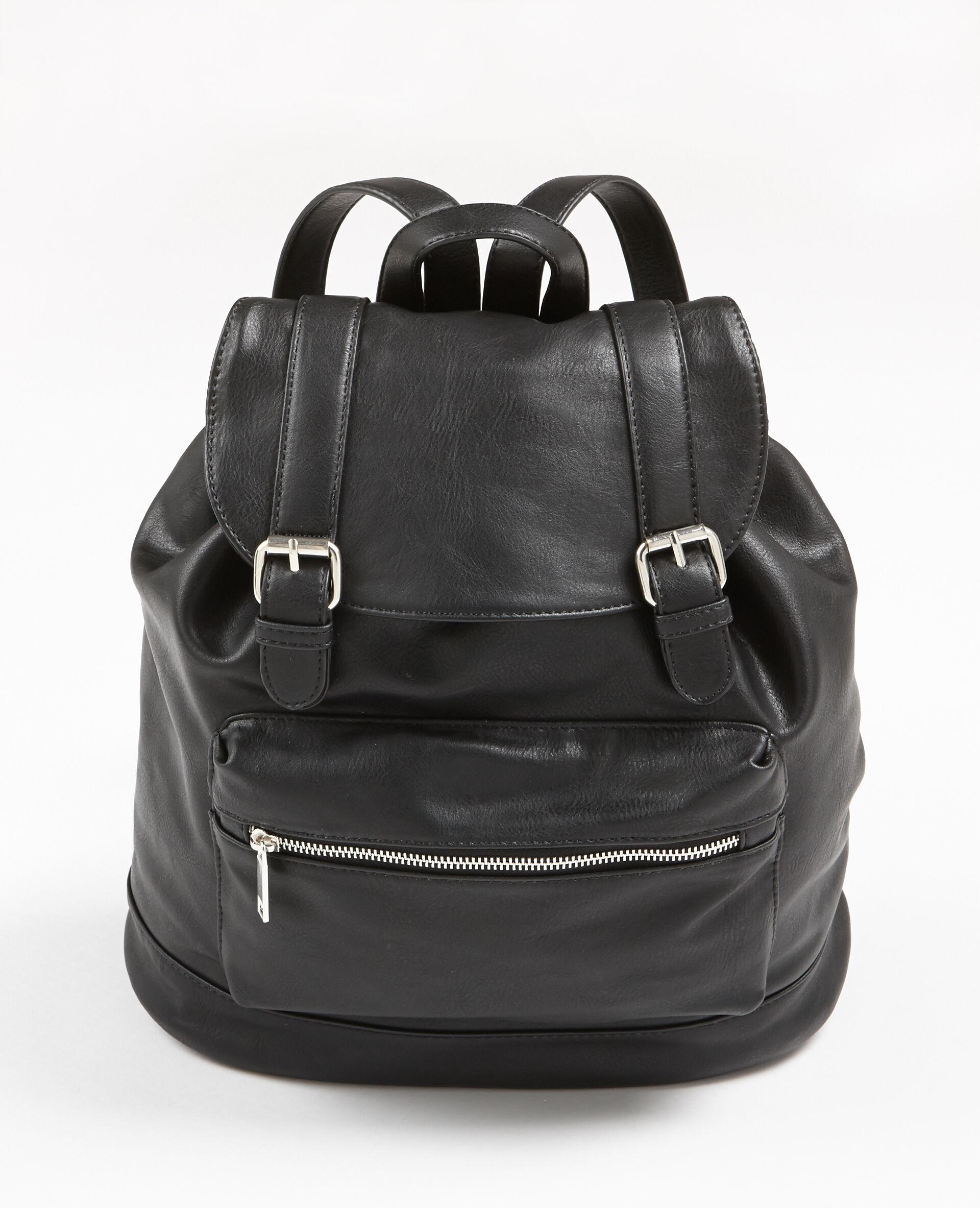 sac à dos simili cuir femme couleur noir pimkie mode femme c2ffeea07cfd