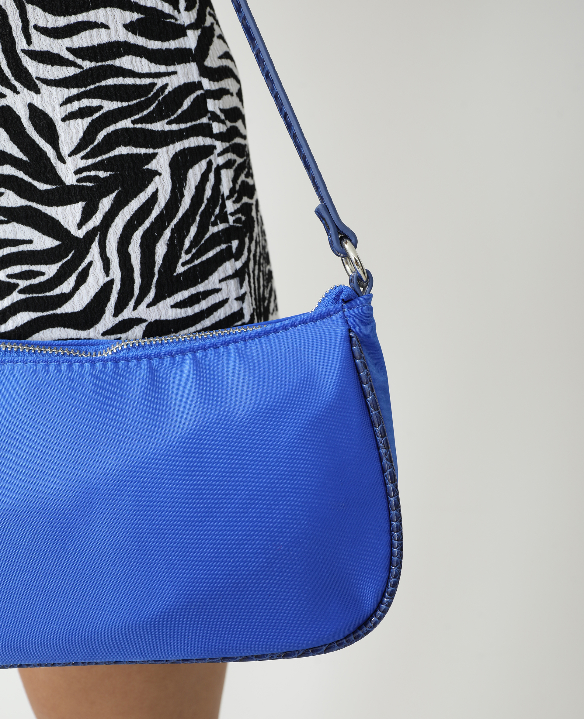Sac porté épaule à chaînette bleu électrique - Pimkie