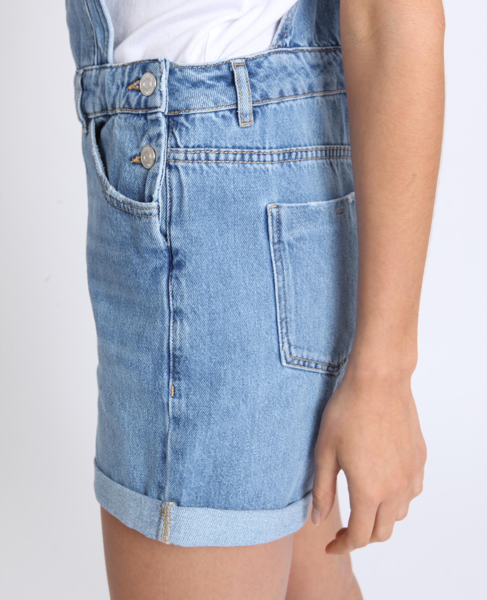 Salopette courte en jean bleu délavé - Pimkie