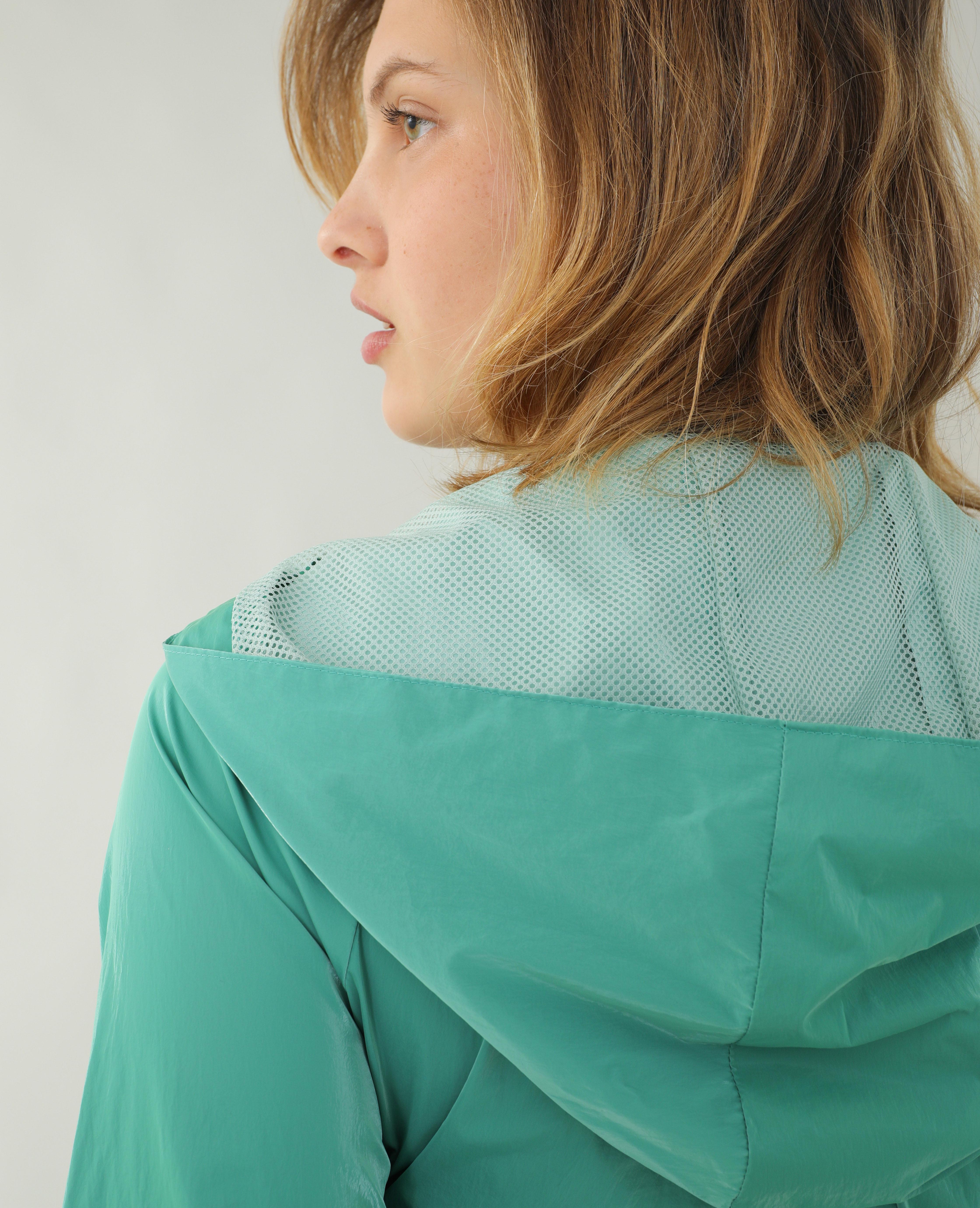 Veste coupe-vent à capuche vert - Pimkie