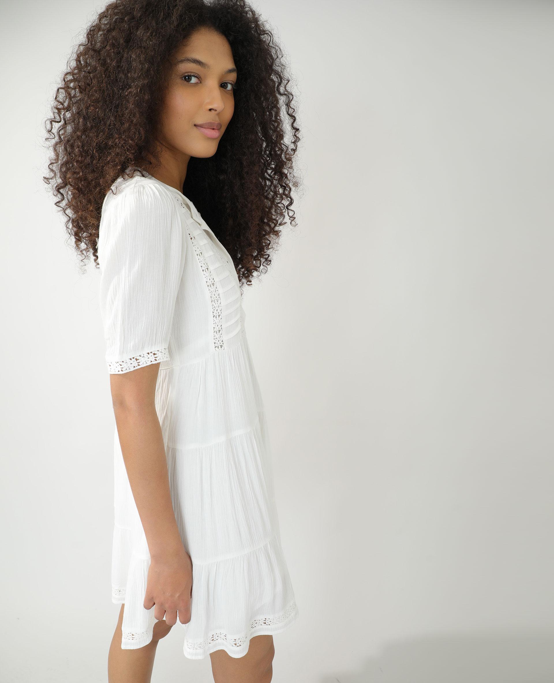 Robe avec guipure blanc cassé - Pimkie
