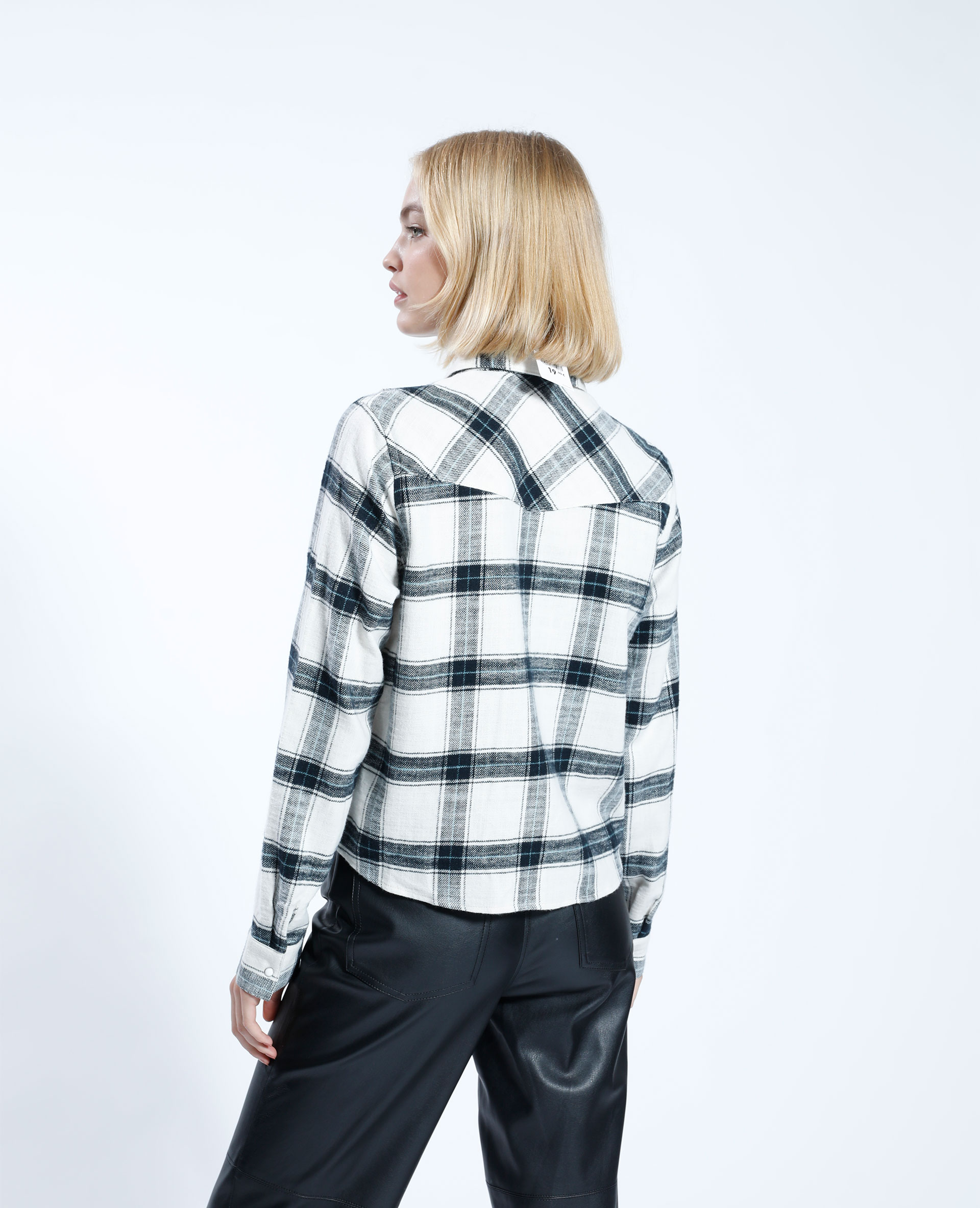 Chemise à carreaux noir - Pimkie