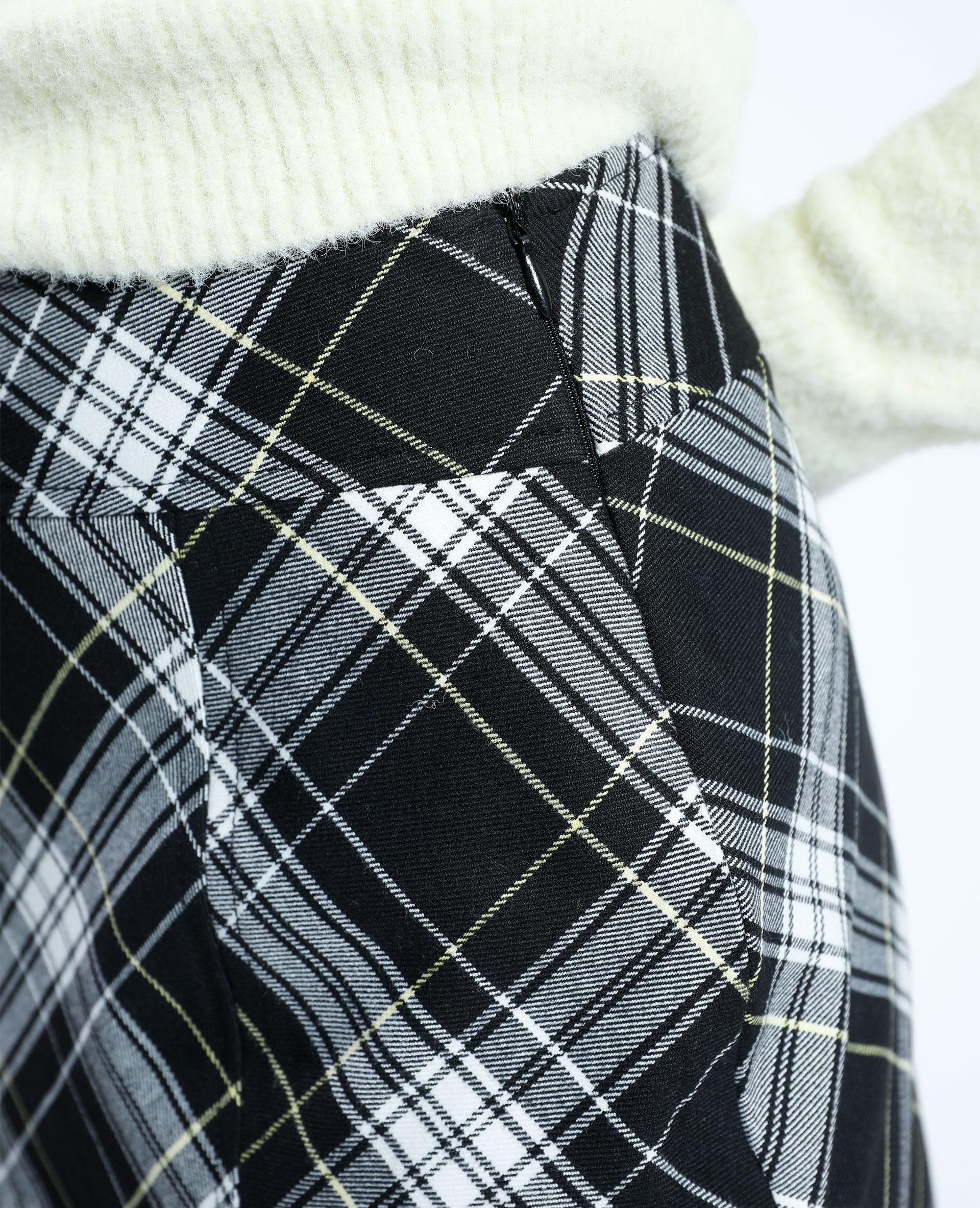 Jupe courte à carreaux noir - Pimkie