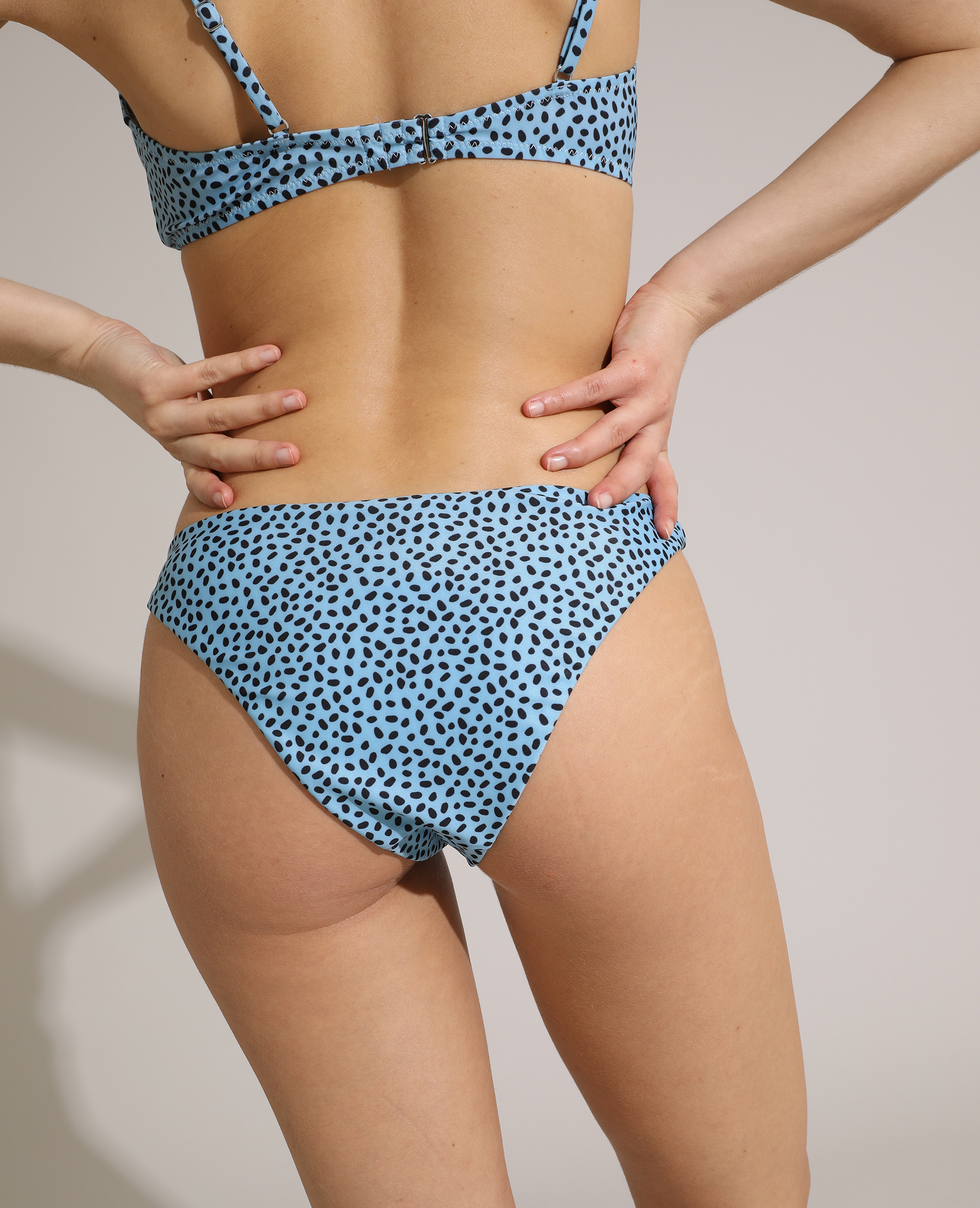 Bas de maillot de bain culotte tacheté bleu clair - Pimkie