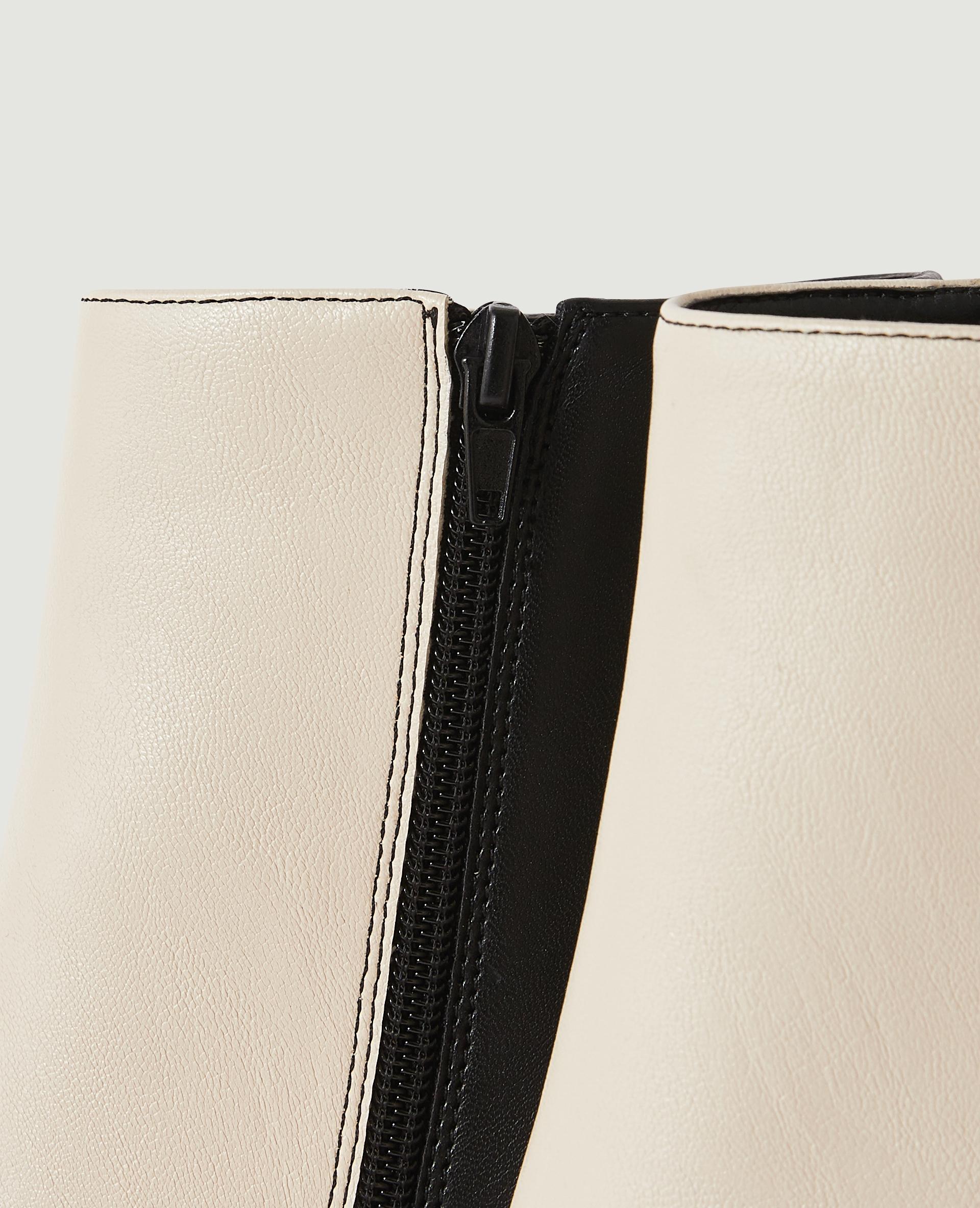 Bottines bicolores à talon en simili cuir noir - Pimkie