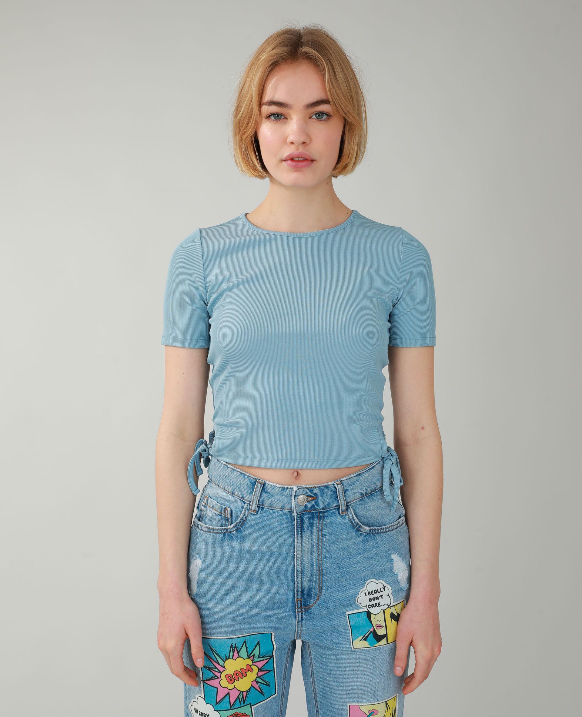 T-shirt côtelé à laçages bleu - Pimkie