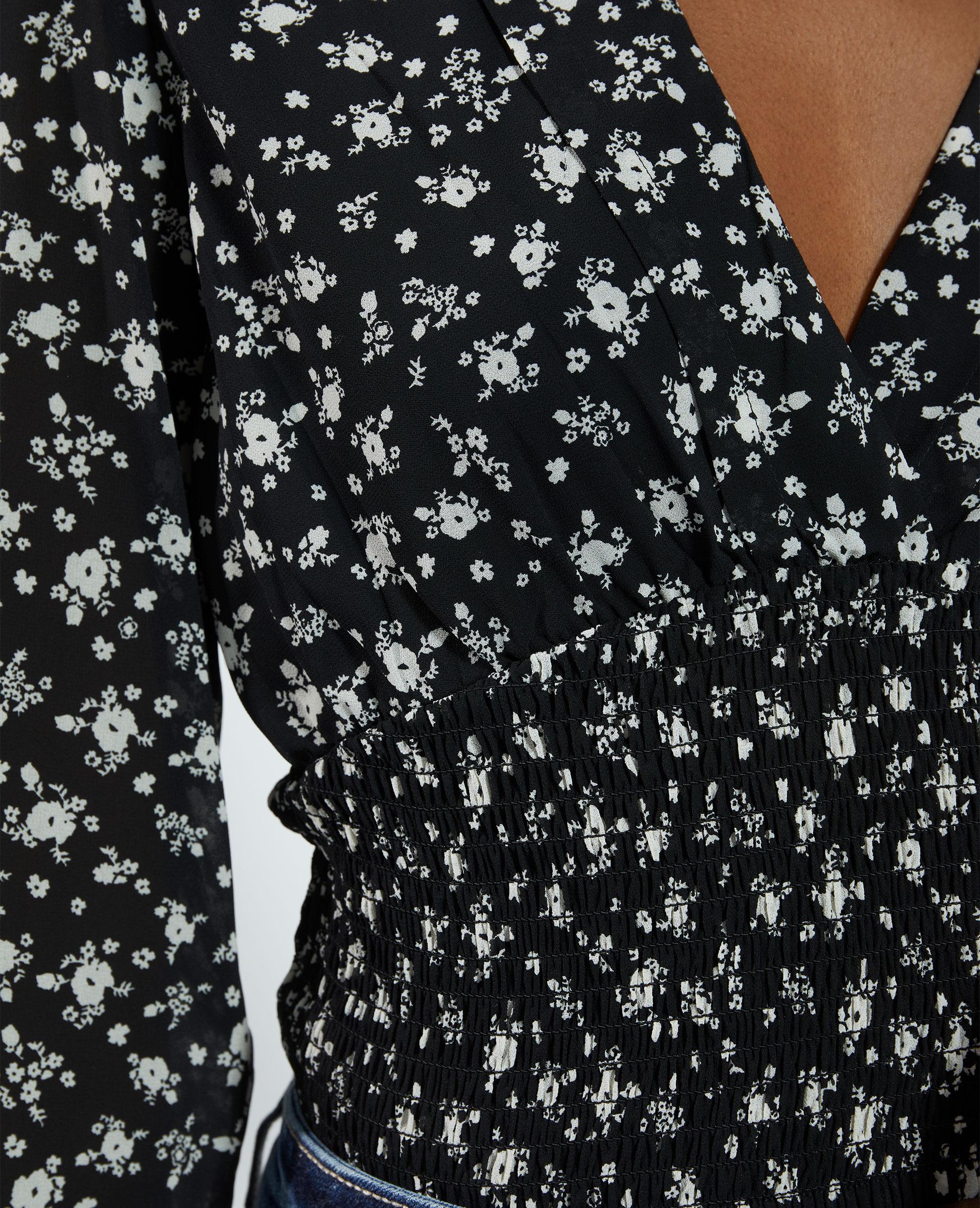 Top cache-cœur fleuri noir - Pimkie