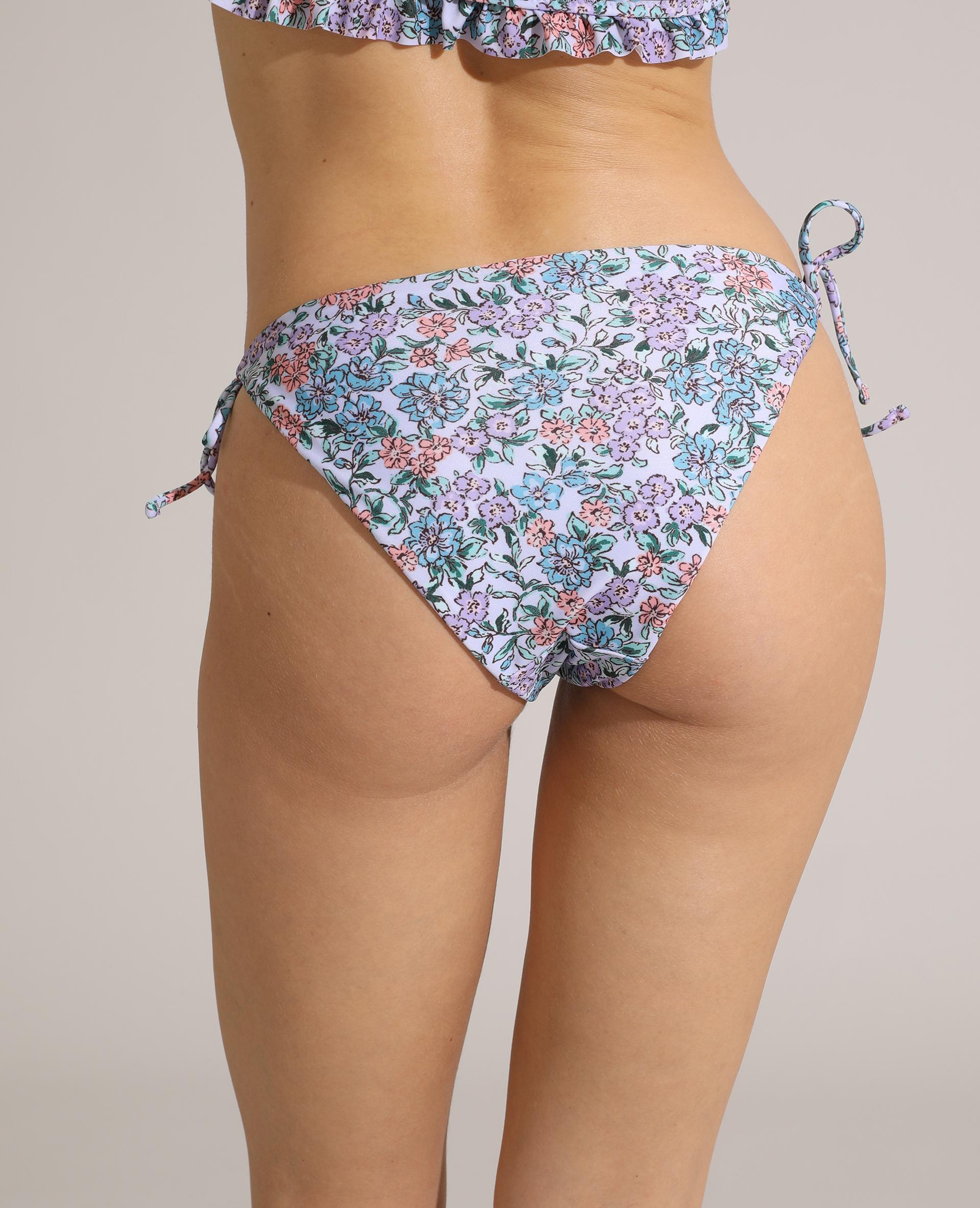 Bas de maillot de bain culotte à fleurs violet - Pimkie