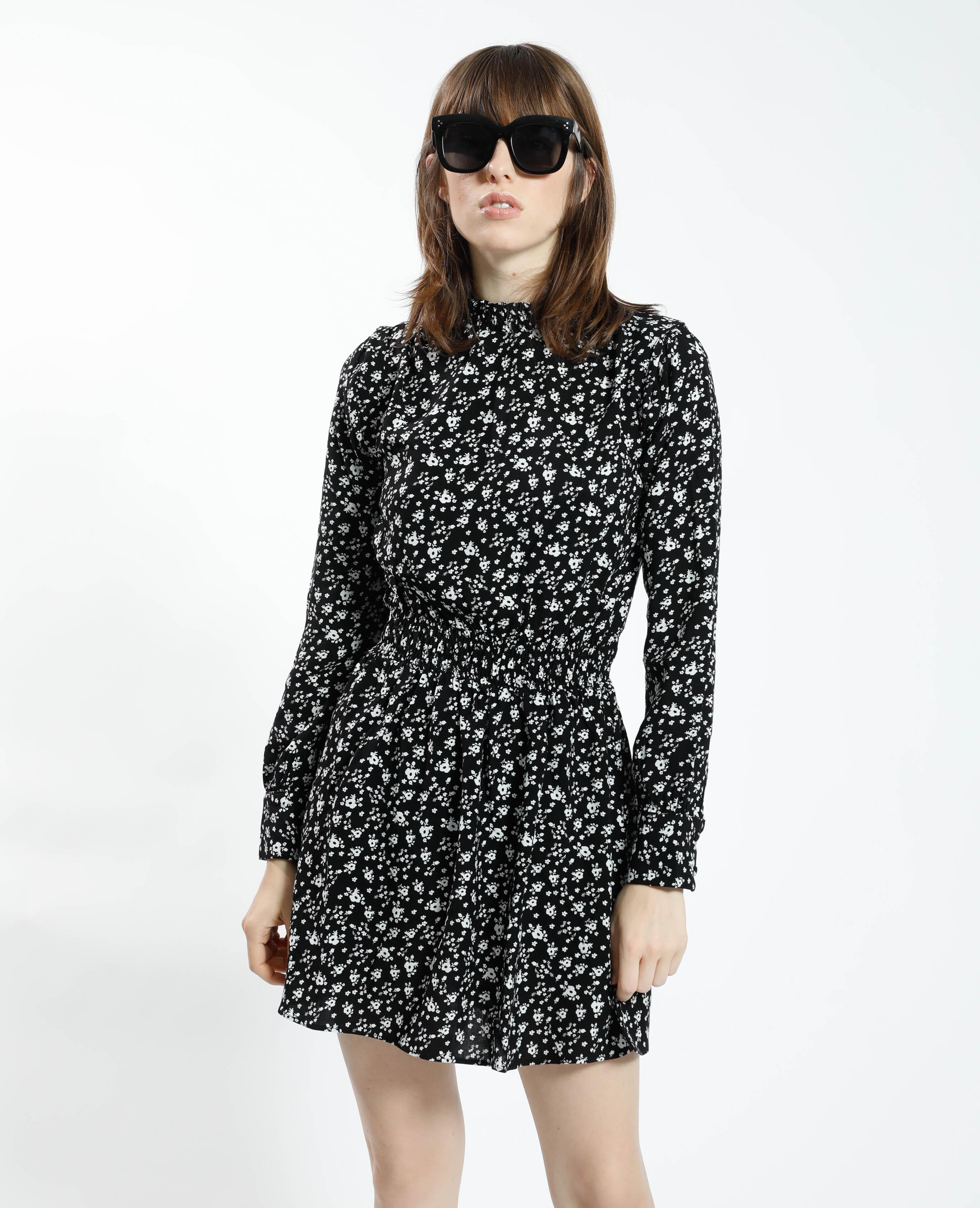 Robe courte fleurie noir - Pimkie